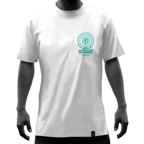Camisas-blanca-apadrina-un-niño-frente