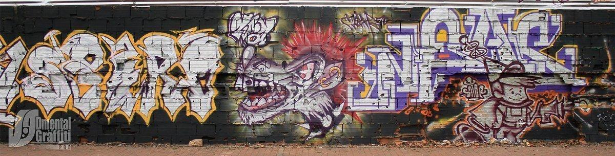 13-AUN-2015-GRAFFITI