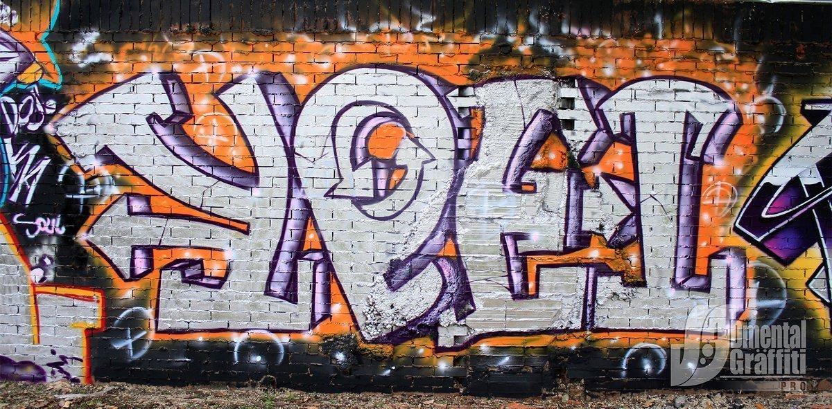 17-AUN-2015-GRAFFITI